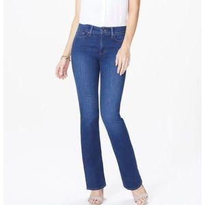 Nwt NYDJ Barbara Bootcut Jeans Short